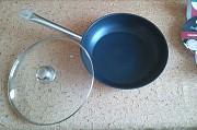 Экологичная сковорода 32 см. со стек. крышкой, индукционная на Подарок из г. Каменское (Днепродзержинск)