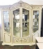 Четырехдверная классическая витрина Латифа доставка из г.Киев