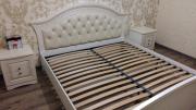Кровать Николь белое дерево с патиной и мягким изголовьем из г. Киев
