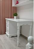 Письменный стол Элис с навесной полочкой из дерева из г. Киев