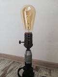 Настільний світильник виготовлений зі старої ручної дрилі из г. Киев