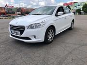 Peugeot 301 – надёжный и экономичный седан Киев