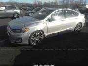 Ford Fusion Titanium – комфортный седан Киев