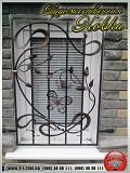 Оконные кованые решетки и входные двери защитят от мародеров. Мариуполь