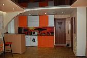 Посуточно в центре Луганска квартира-студия на 1 этаже