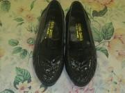 Продам туфли на мальчика черные кожаные новые 20,5см из г. Николаев